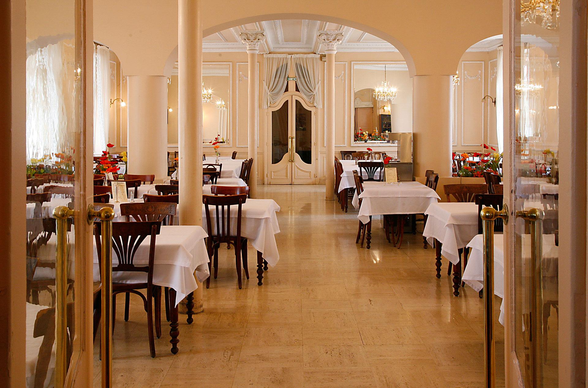 restaurant2-hotel-metropole-lourdes